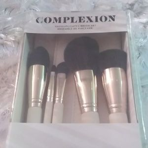 Sephora Makeup Brushes (Six Brushes)